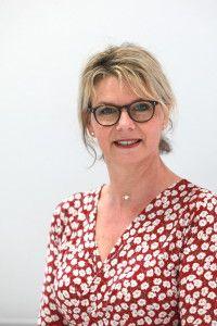 Mme Annie Mercier